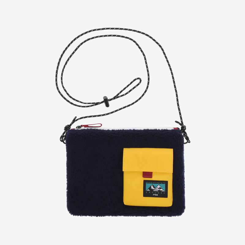 EXPLORE Shakoshu bag detailed image 1