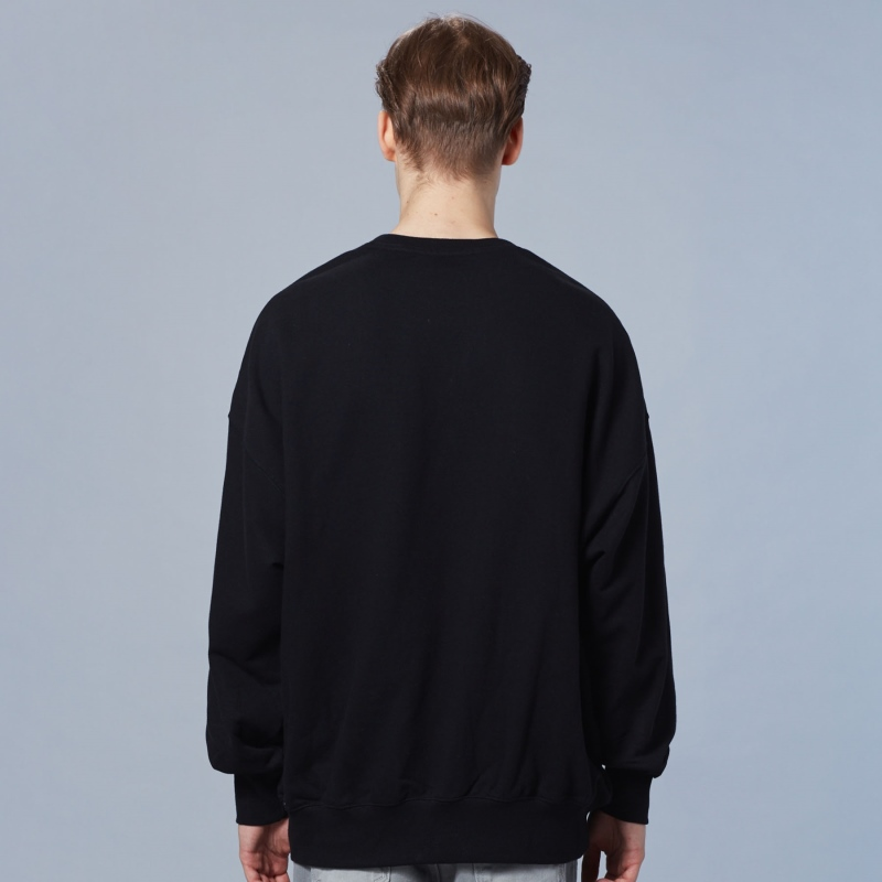 Newtro Varsity Man to Man Detailed Image 2