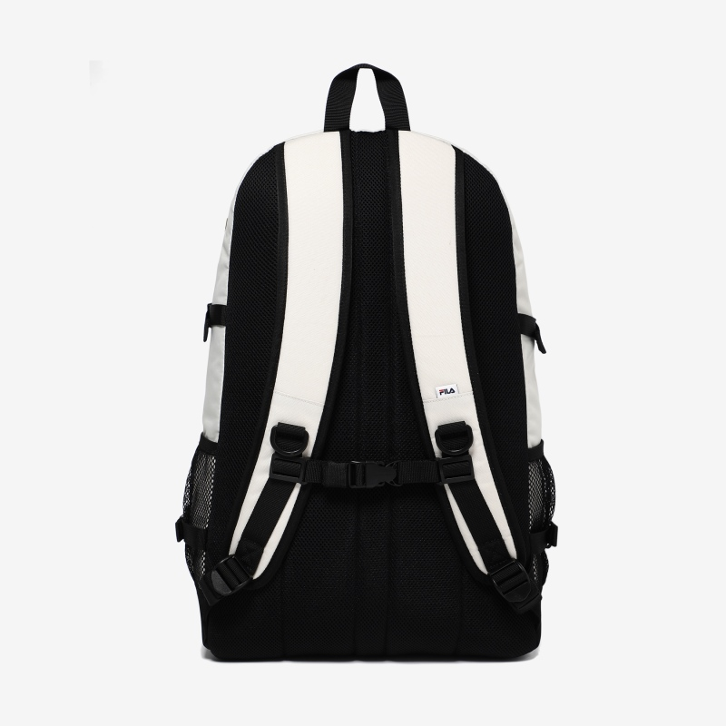 Detailed image of the T-STREET backpack 3