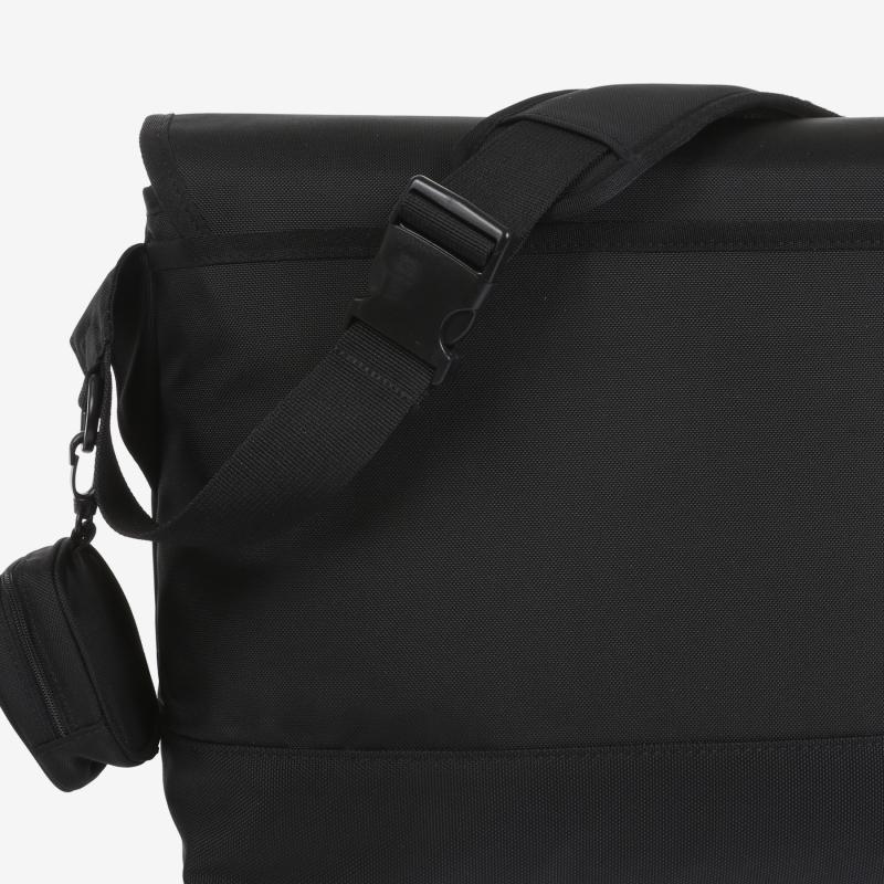 FORCE 21 Messenger Bag Detailed Image 5