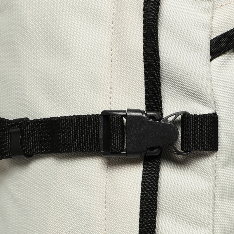 Detailed image of the T-STREET backpack 5