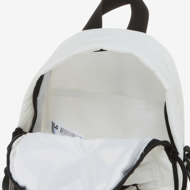 Detailed image of the Ace padded mini bag 8