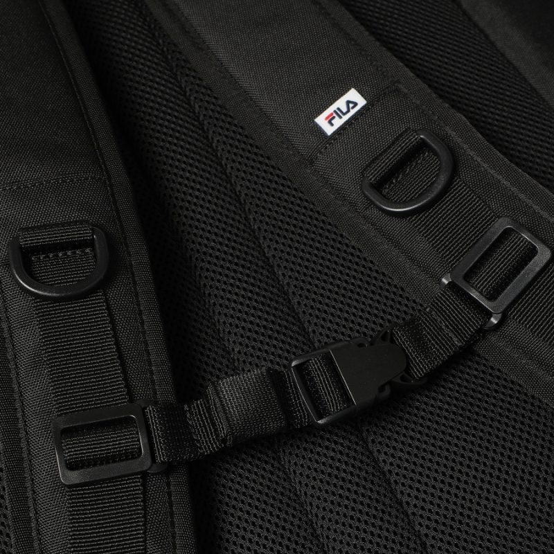 Detailed image of the T-STREET backpack 9