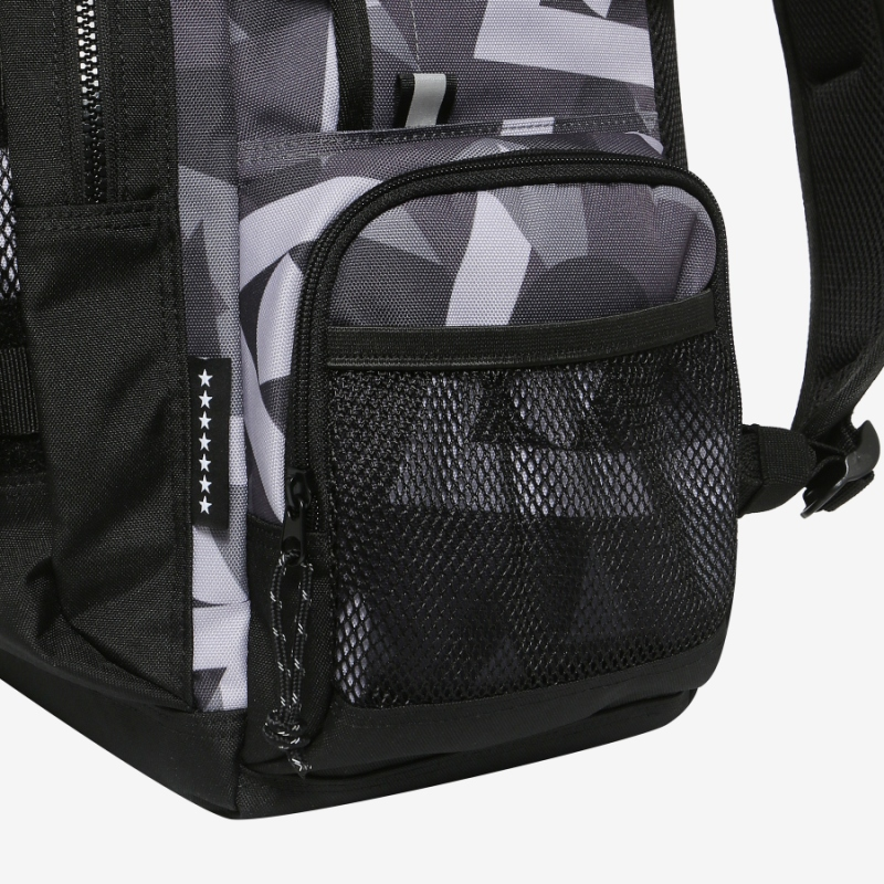 <Project 7> Force backpack detailed image 9